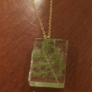 Jewelry - Leafy Green Fern Resin Square Pendant Necklace